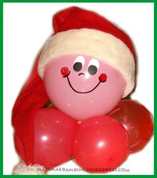 Babbo Natale realizzato con i palloncini
