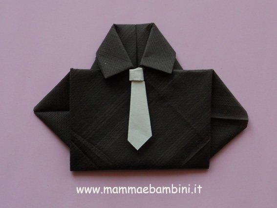 Piegare I Tovaglioli A Cravatta Mamma E Bambini