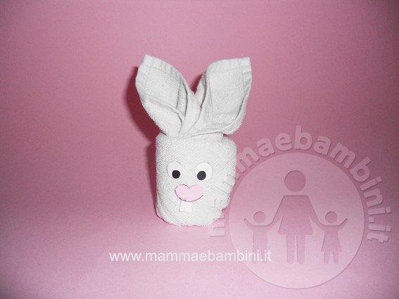 Coniglio con asciugamano n.1 - Mamma e Bambini