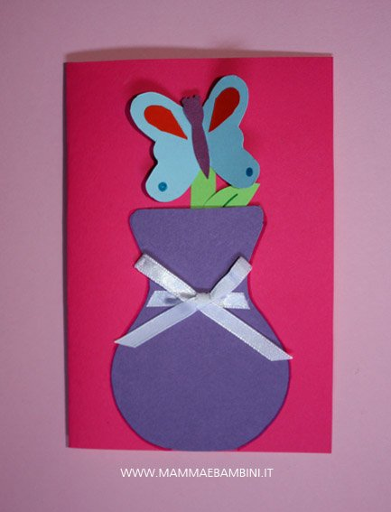 Lavoretto per Festa della mamma: biglietto con vaso