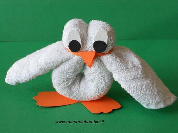 Lavoretti con asciugamani: un pulcino - Mamma e Bambini