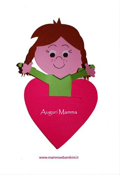 lavoretto carta bambina con cuore 1