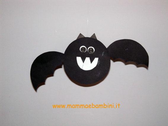 Come realizzare pipistrelli di carta