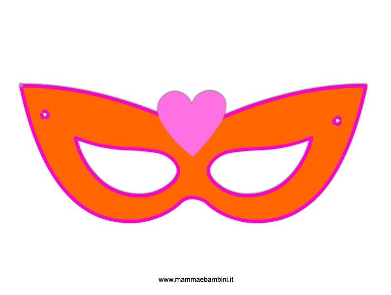 Mascherina di Carnevale con cuore da ritagliare