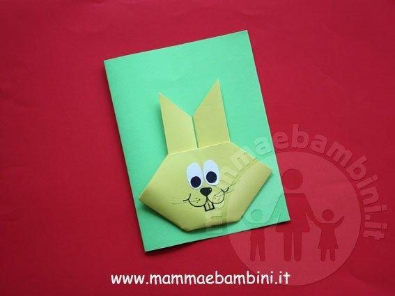 Lavoretto per pasqua un grazioso coniglio mamma e bambini - Foglio colore coniglietto pasquale ...