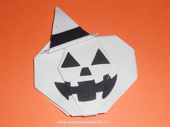 Realizzare una zucca con l'origami (II parte)