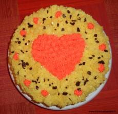 Foto torta mimosa con cuore di panna