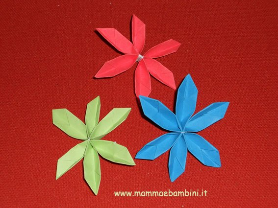 Fiore di carta facilissimo