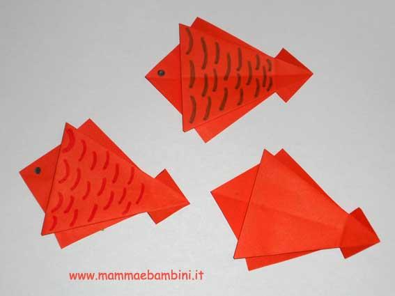 Come realizzare un pesce di carta