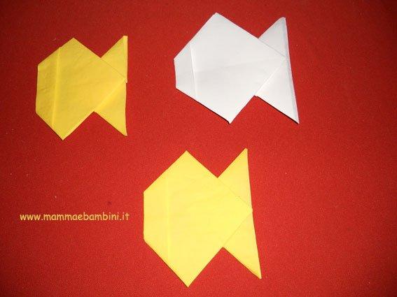 Piegare Asciugamani Forme : Come piegare tovaglioli a forma di pesce u mamma e bambini