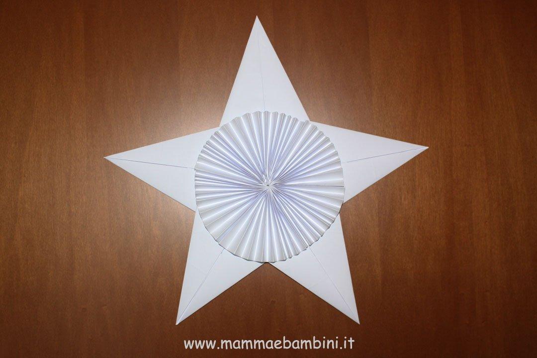 Decorazioni a stella per Natale