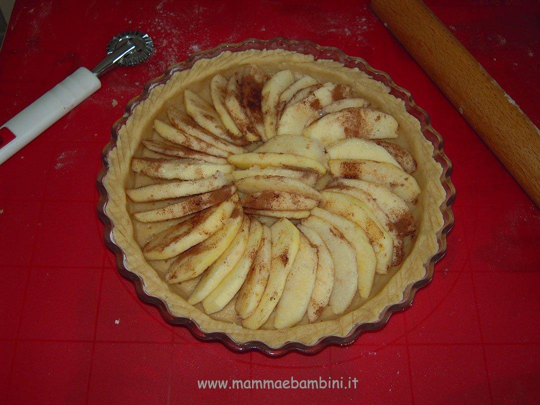 Ricetta crostata di mele facile 01