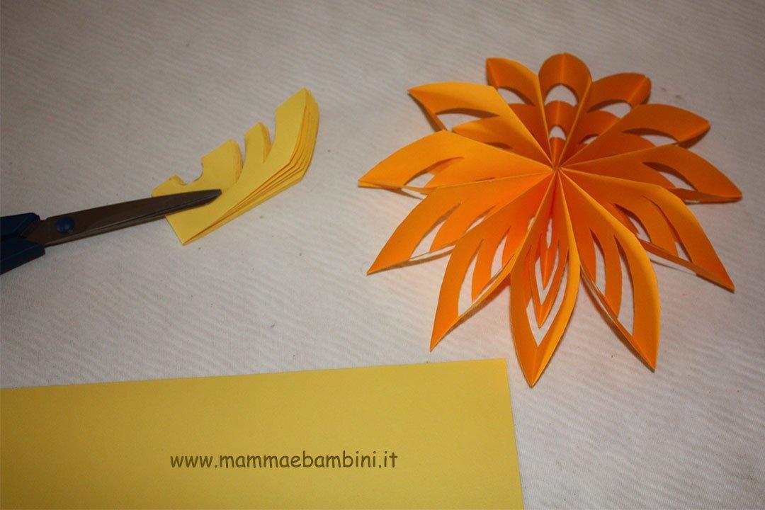 Come fare fiori semplici di carta mamma e bambini for Fiori semplici