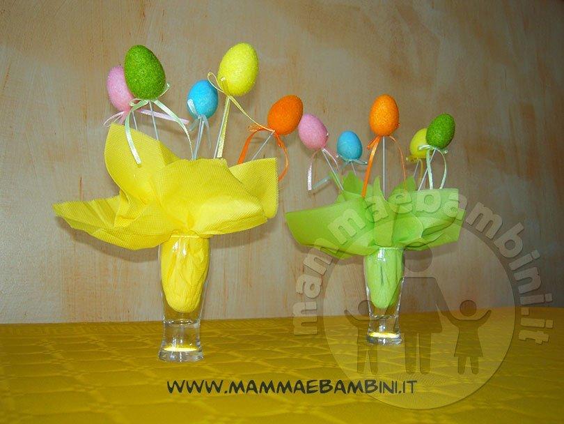 Composizione per Pasqua con ovetti colorati 02