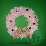 Ghirlanda natalizia di carta velina