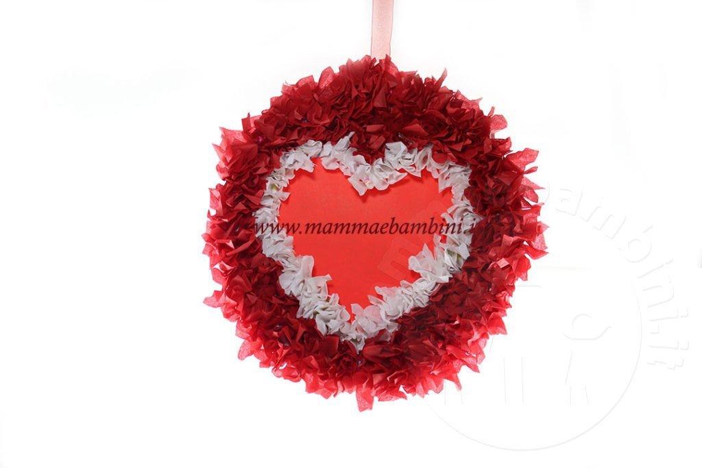 Lavoretto San Valentino ghirlanda con cuore