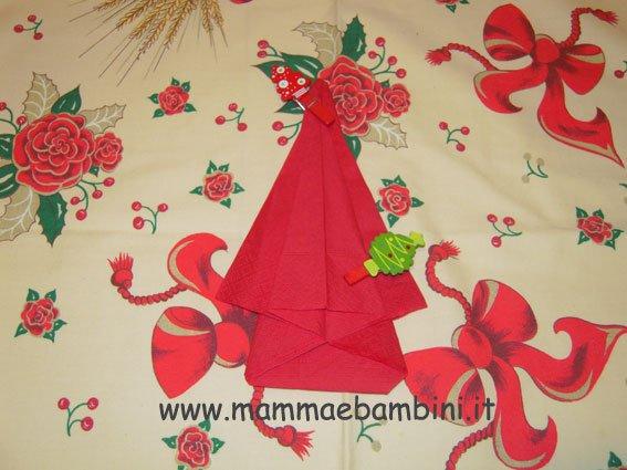 Piegare tovaglioli per Natale: albero di Natale n.2
