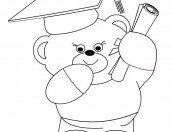 Disegno da colorare: un orsetto con diploma