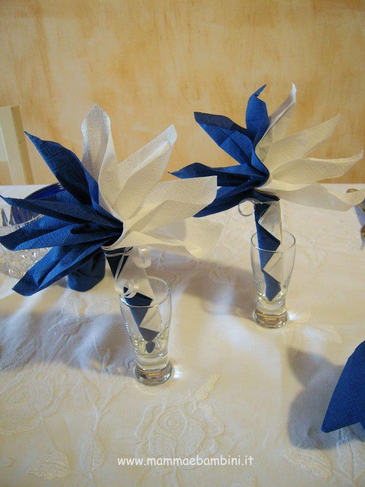 Piegare Tovaglioli a fiore bicolore 02