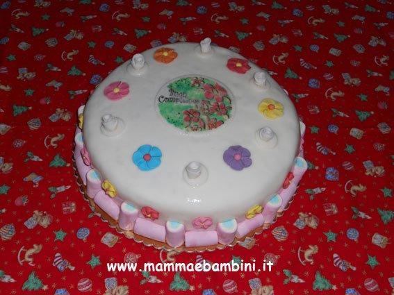 Idee per decorare le torte di compleanno mamma e bambini - Decorazioni per torte di carnevale ...
