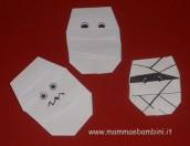Lavoretto: una mummia con l'origami