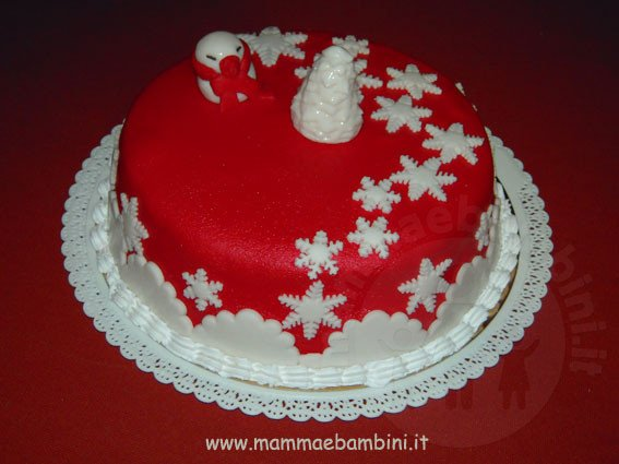 Torta decorata con fiocchi di neve mamma e bambini - Decorazioni per torte di carnevale ...