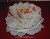 Fiore facile con tovagliolo di carta