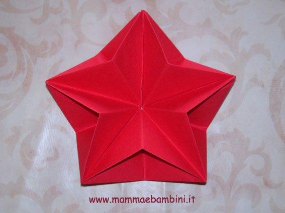 Come Realizzare Stelle 3d Origami Per Natale Mamma E Bambini