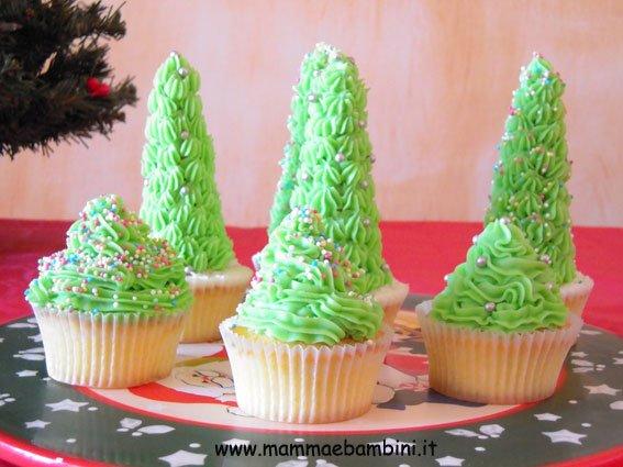Cupcakes ad albero di Natale