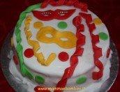 Come decorare torta per Carnevale