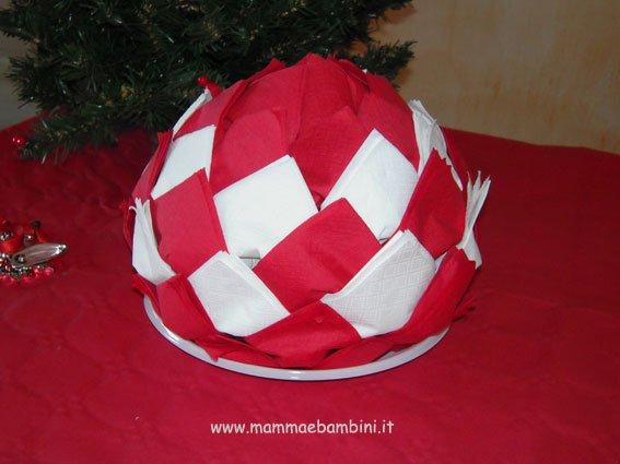 Centrotavola per natale con i tovaglioli mamma e bambini - Decorazioni natalizie con tovaglioli di carta ...