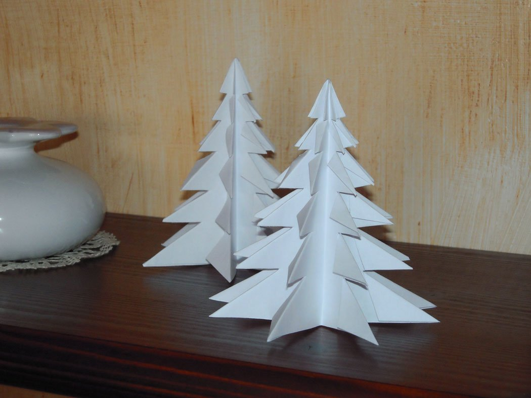 Alberi Di Natale Di Carta.Albero Di Carta Per Natale Mamma E Bambini