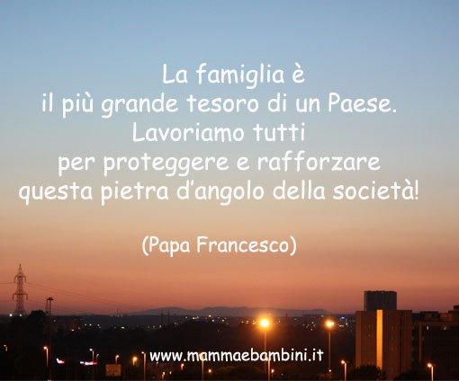Frasi sulla famiglia pagina 2 mamma e bambini - La famiglia e lo specchio in cui dio si guarda ...