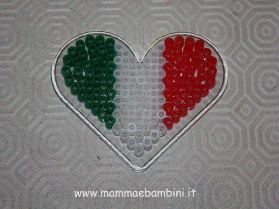 perline-cuore-tricolore-01