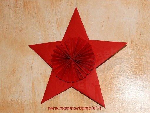 Stella Di Natale A 5 Punte.Decorazioni A Stella Per Natale Mamma E Bambini