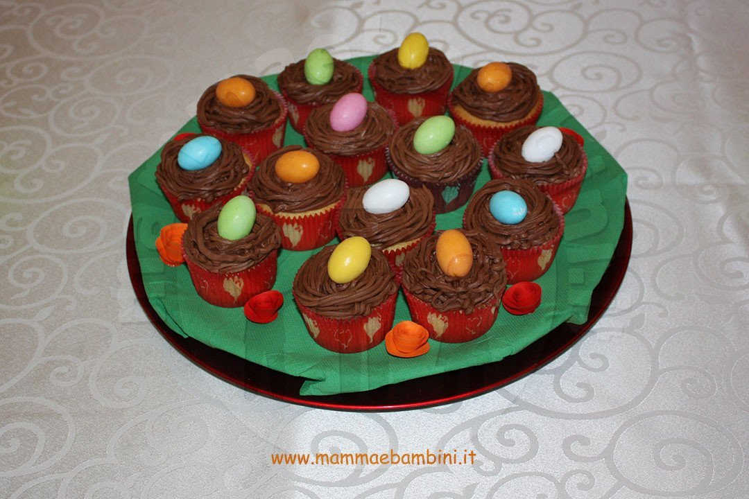 Cupcakes decorati come nidi di uccelli 05