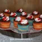 Decorare cupcakes con nutella e panna