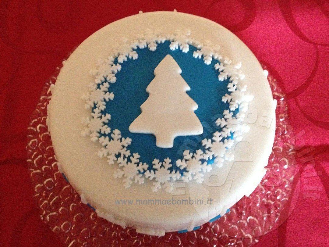 Torte Decorate Per Natale idea semplice per decorare torta natalizia - mamma e bambini