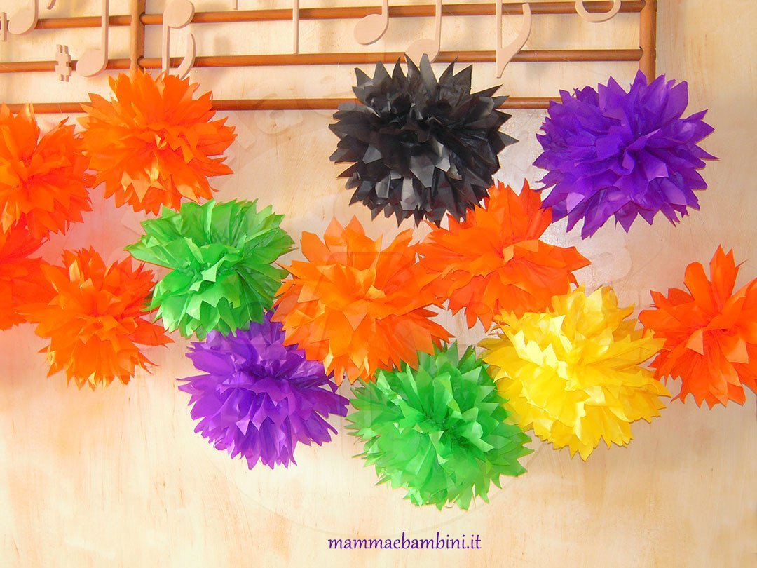 Decorazioni Fai Da Te Per Feste : Addobbi fai da te per feste con carta velina u mamma e bambini